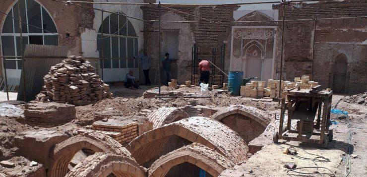 احیای مسجد سلجوقی زواره نیازمند ۱۴۰ میلیون تومان اعتبار/سازمان میراثفرهنگی یک ریال برای مرمت بنای تاریخی نداده است